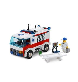 LEGO 7890 Ambulance CITY