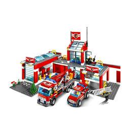 LEGO 7945 Brandweer kazerne CITY