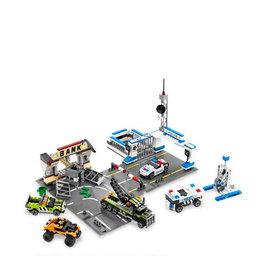 LEGO 8211 Brick Street Getaway RACERS
