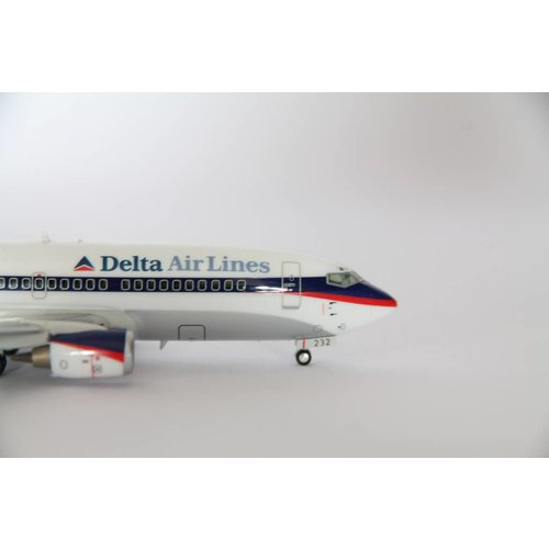 Herpa 1:200 Delta Air Lines B737-300