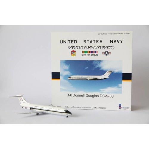Inflight 1:200 US Navy C-9B DC-9-30