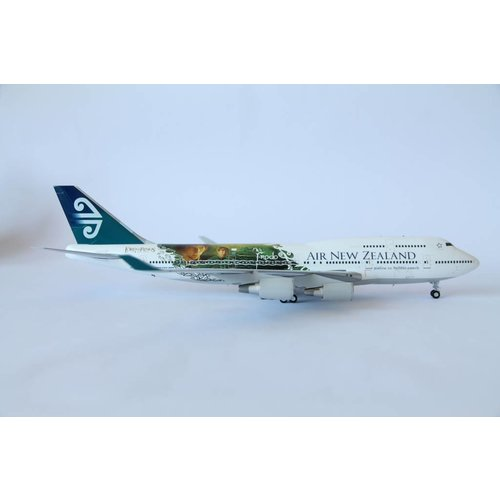 "JC Wings 1:200 Air New Zealand ""Frodo"" B747-400"