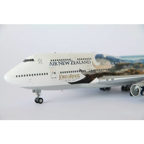 "JC Wings 1:200 Air New Zealand ""LOTR"" B747-400"