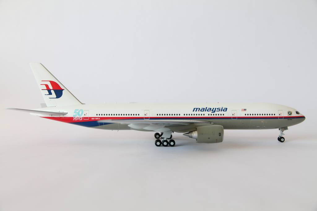 JC Wings 1:200 Malaysia Airlines