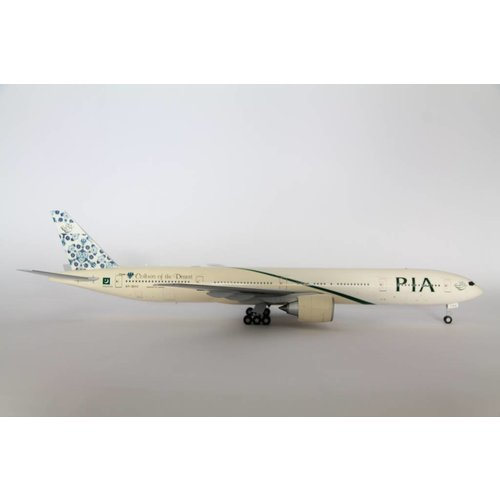 "JC Wings 1:200 PIA ""Colours of the Desert"" B777-300"