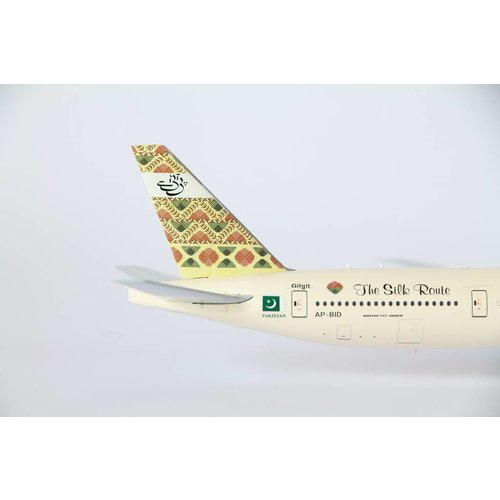 """JC Wings 1:200 PIA """"The Silk Route"""" B777-300"""