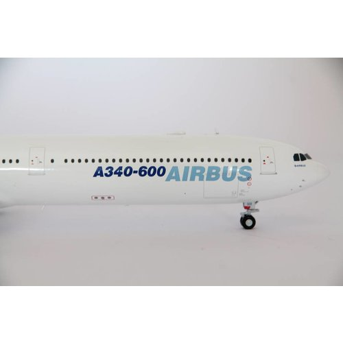 JC Wings 1:200 Airbus House Color A340-600