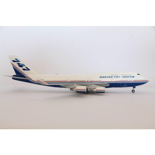 JC Wings 1:200 Boeing House Color B747-400