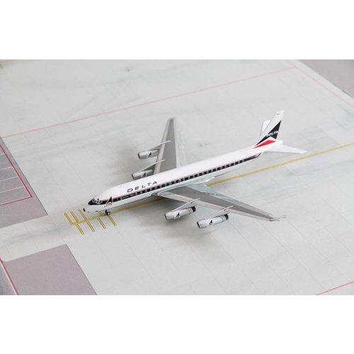 Aero Classics 1:200 Delta DC-8-11