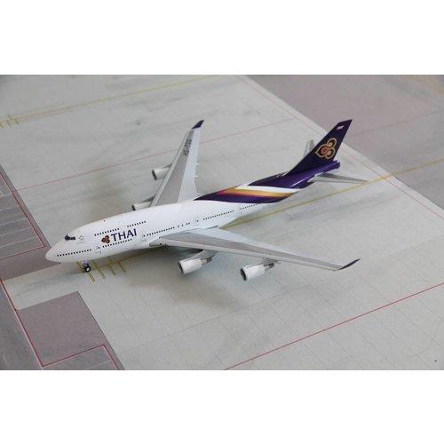 JC Wings 1:200 Thai B747-400