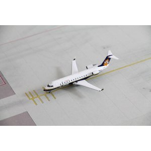 NG Model 1:200 Canadair House Color CRJ-100