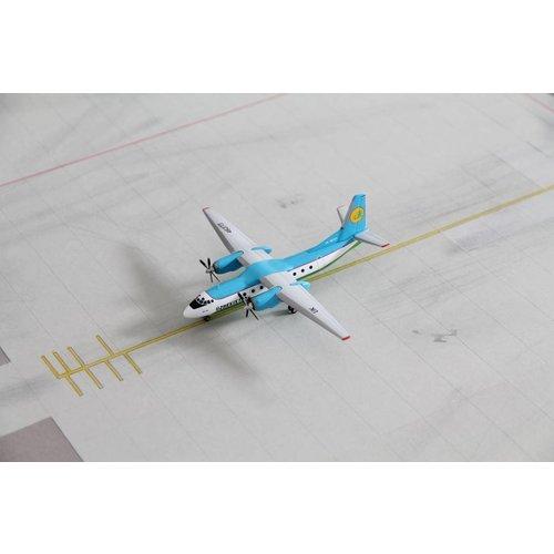 Herpa 1:200 Uzbekistan Airways An-24