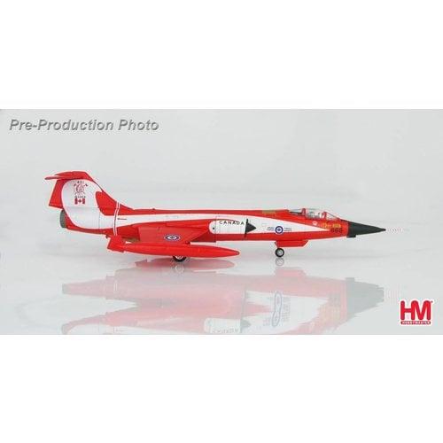 """Hobby Master 1:72 CF104D Starfighter CAF, """"Coke Bottle"""", 104868, 421 Squadron, 1981"""