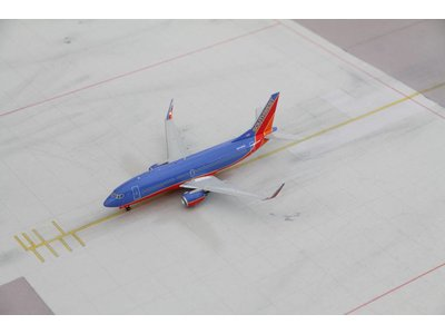Gemini Jets 1:200 Southwest B737-300