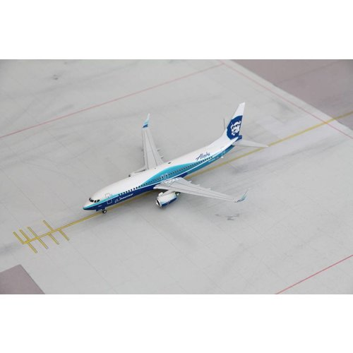 "Gemini Jets 1:200 Alaska ""Dreamliner"" B737-800"