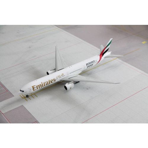 "Gemini Jets 1:200 Emirates ""1000th"" B777-300"