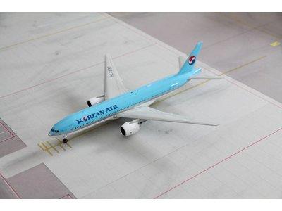 JC Wings 1:200 Korean Air B777-200