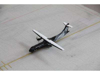 JC Wings 1:200 Air New Zealand ATR72-600