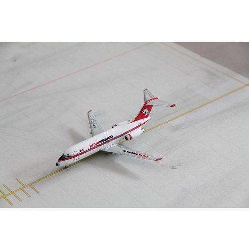 JC Wings 1:200 AeroMexico DC-9-15
