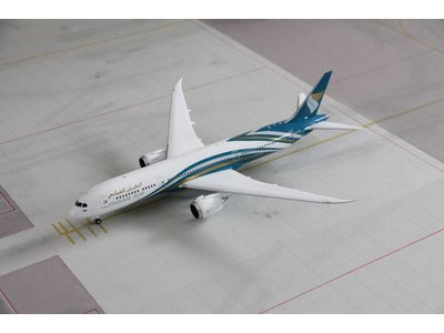 JC Wings 1:200 Oman Air B787-9