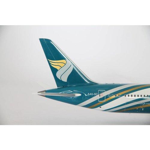 JC Wings 1:200 Oman Air B787-9