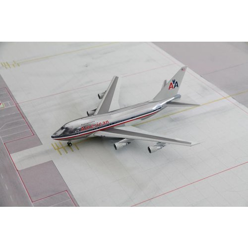 Inflight 1:200 American Airlines B747SP