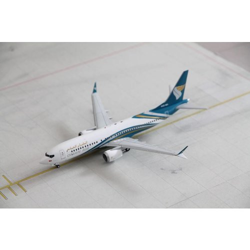 JC Wings 1:200 Oman Air B737-8MAX