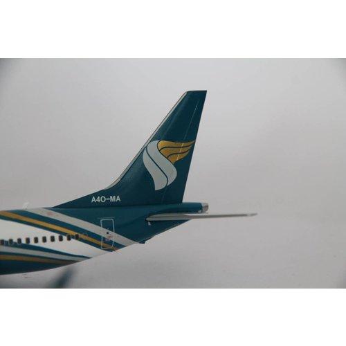 JC Wings 1:200 Oman Air B737-8MAX
