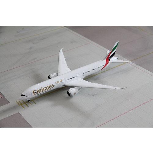 Gemini Jets 1:200 Emirates B787-10