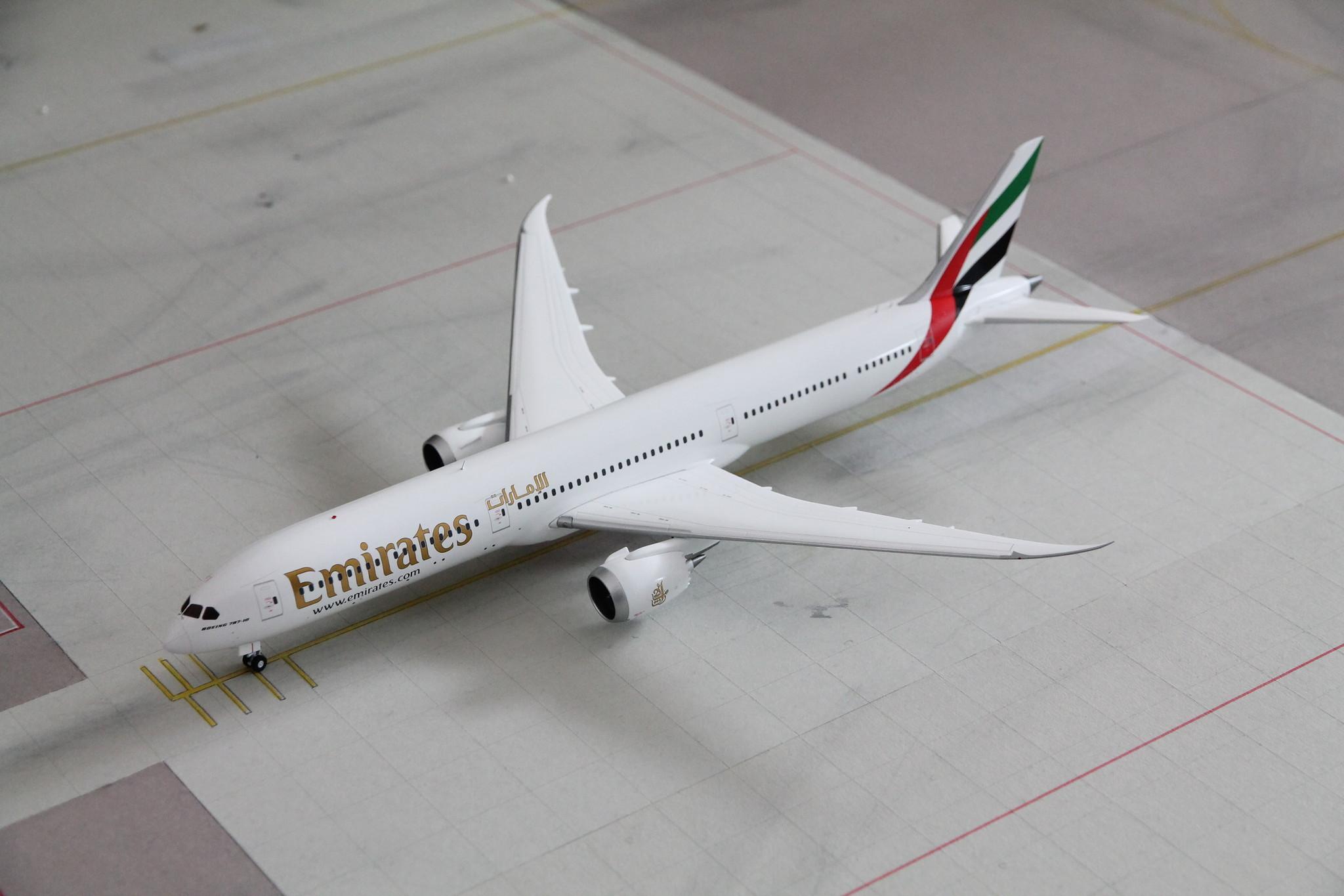 Gemini Jets Emirates Boeing B787-10  1//200