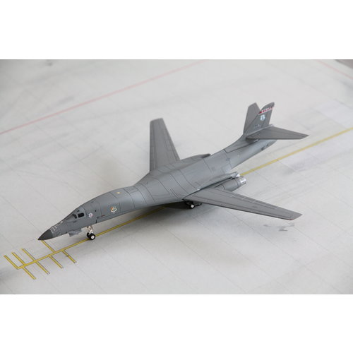 Herpa 1:200 US Air Force B1B Lancer