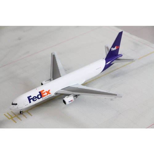 Gemini Jets 1:200 FedEx B767-300F