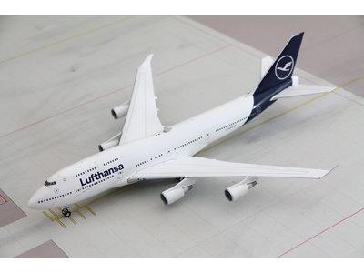 Herpa 1:200 Lufthansa B747-400