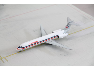 JC Wings 1:200 American Airlines MD-87