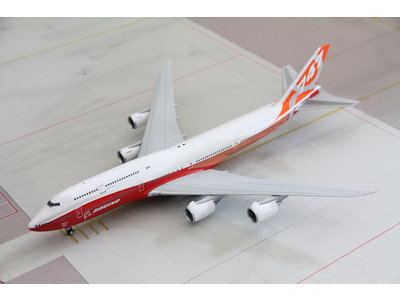 JC Wings 1:200 Boeing House Livery B747-8i