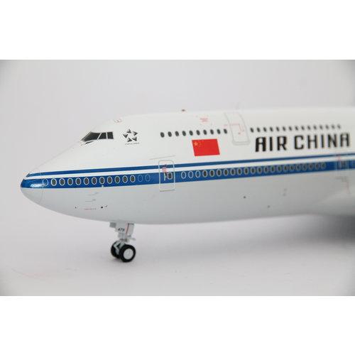 JC Wings 1:200 Air China B747-8i