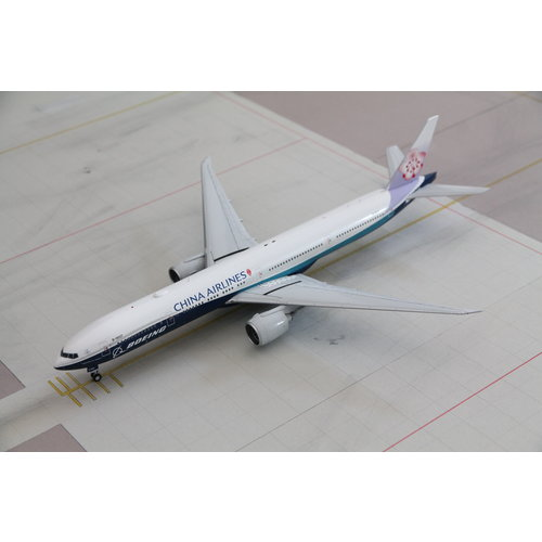 JC Wings 1:200 China Airlines B777-300