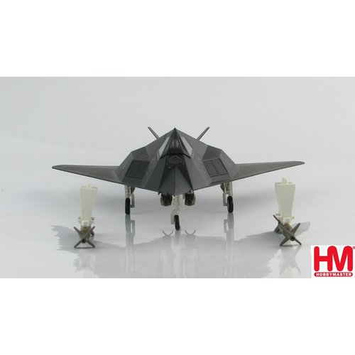 "Hobby Master 1:72 F-117A 82-806 ""Vega 31"" ""Operation Allied Force"" 7th FS ""Screamin Demons Kosovo War, 1999"
