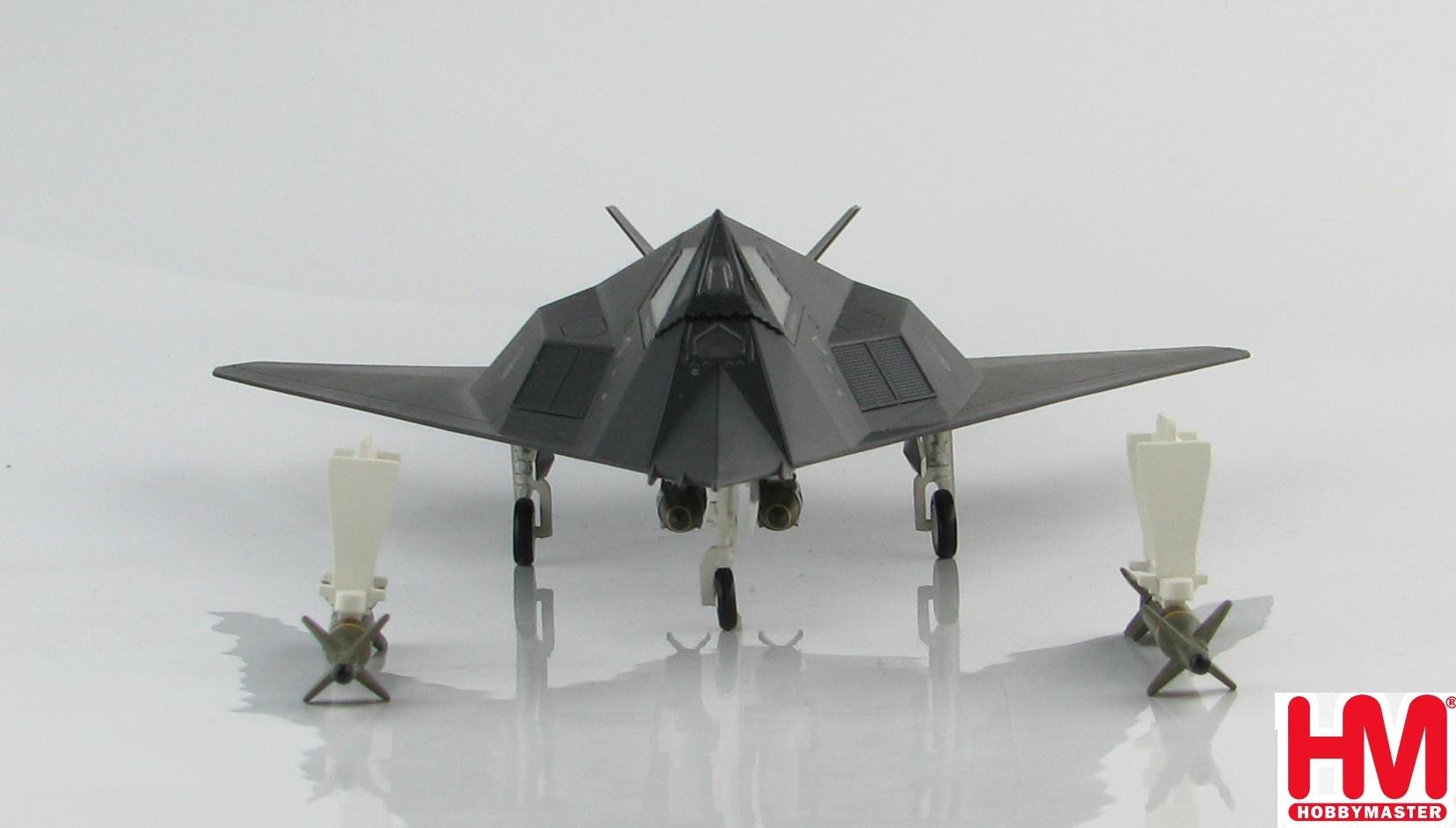 Hobby Master 1:72 F-117A 82-806