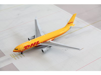 JC Wings 1:200 DHL A330-200F