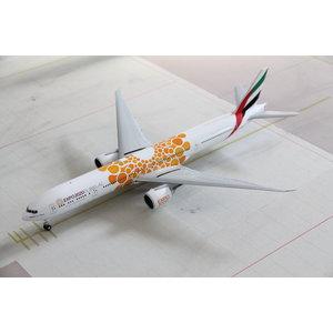"Gemini Jets 1:200 Emirates ""Orange"" EXPO 2020"" B777-300"