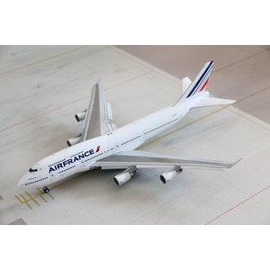 "JC Wings 1:200 Air France ""Last Flight"" B747-400 - Flaps Down"