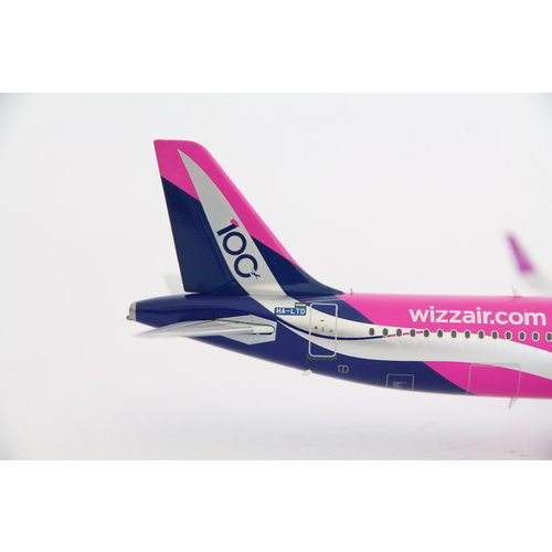"""Inflight 1:200 Wizz Air """"100th Airbus"""" A321"""