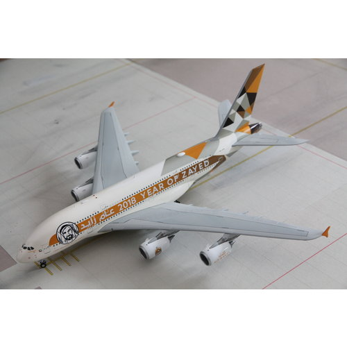 """JC Wings 1:200 Etihad """"Year of Zayed"""" A380"""
