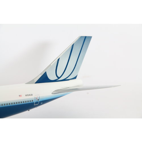 JC Wings 1:200 United Airlines B747-400