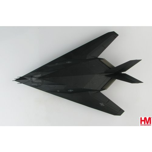 "Hobby Master 1:72 F-117A Nighthawk ""Operation Allied Force"" 82-803, 8th FS ""Black Sheep"", Kosovo War, 1999"