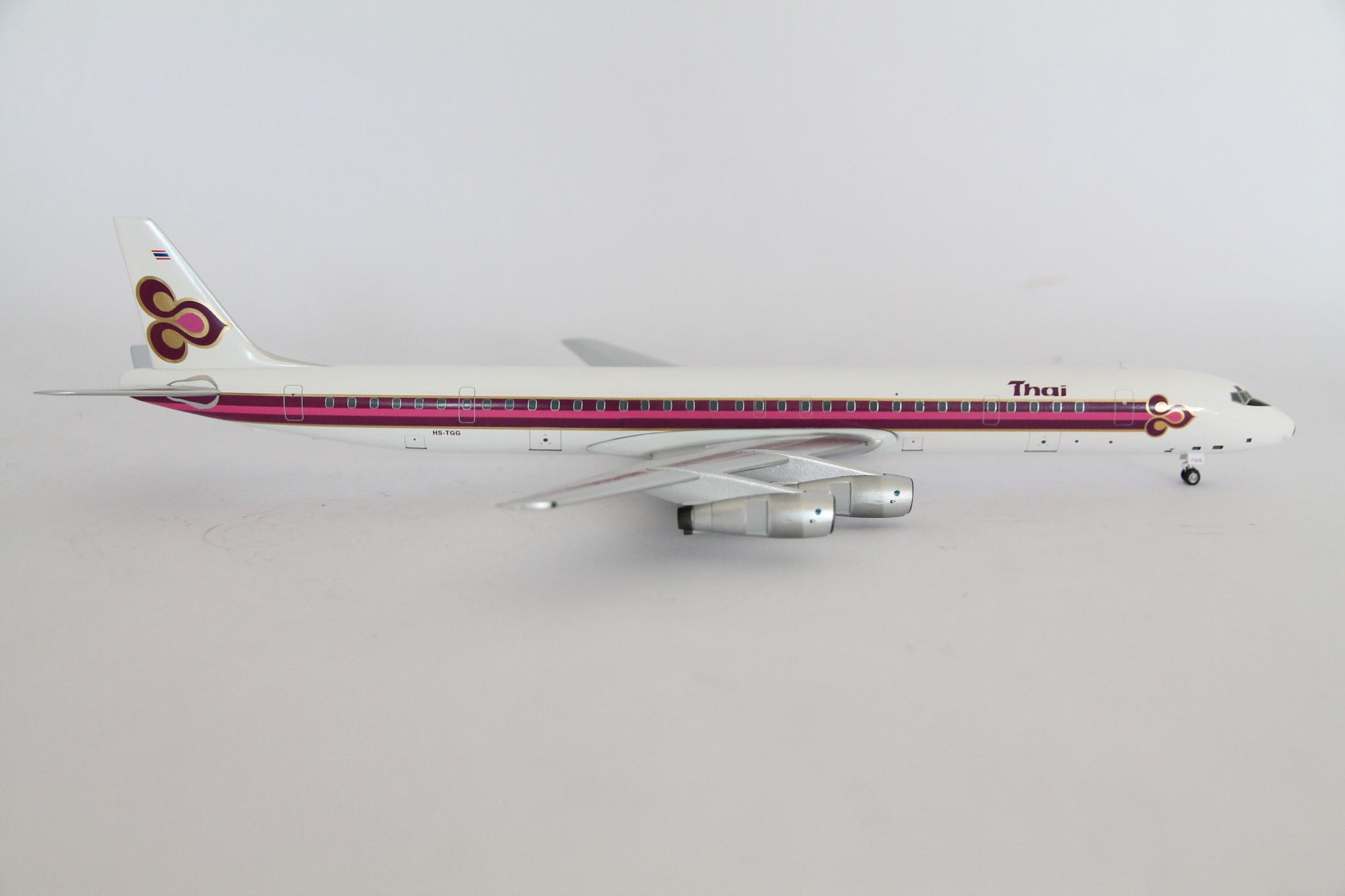 AC219553 AeroClassics DC-8-61 1//200 Model HS-TGG Thai Airways