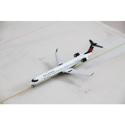Gemini Jets 1:200 Air Canada Express CRJ-900