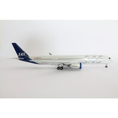 JC Wings 1:200 SAS Scandinavian Airlines A350-900 - Flaps Down
