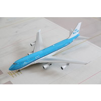 1:200 KLM B747-400